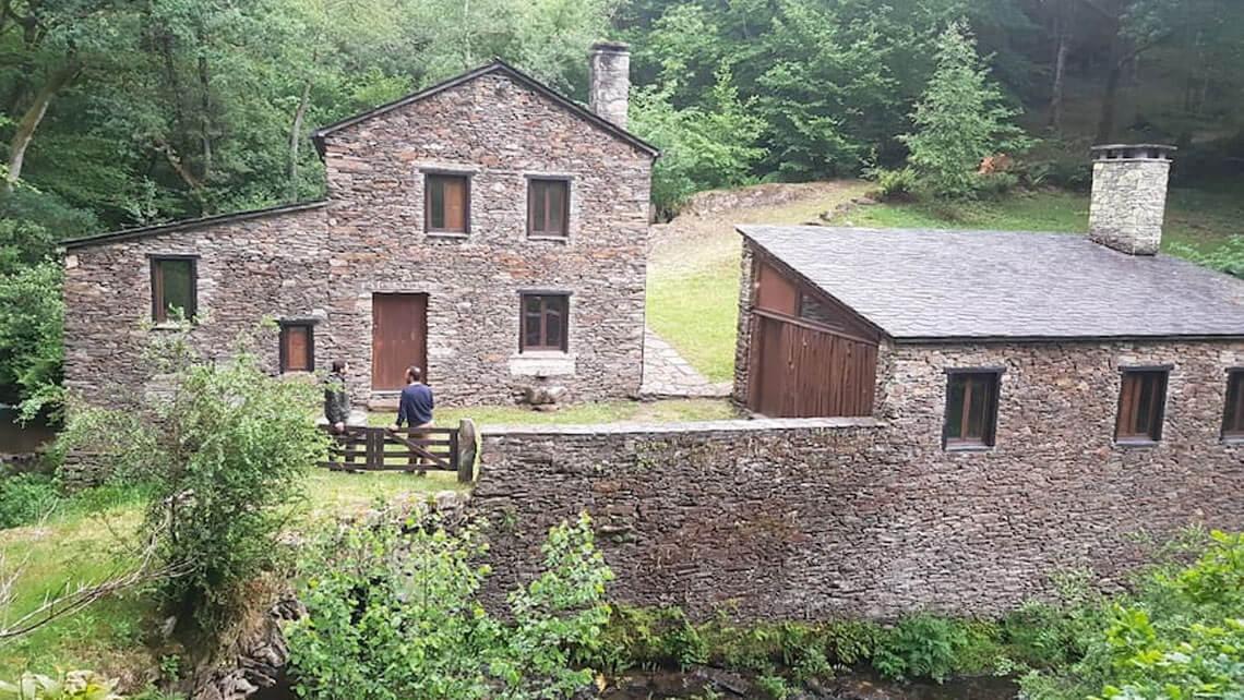 Casas rurales en Paderne, coto de Chelo, Muiños do Mainzoso