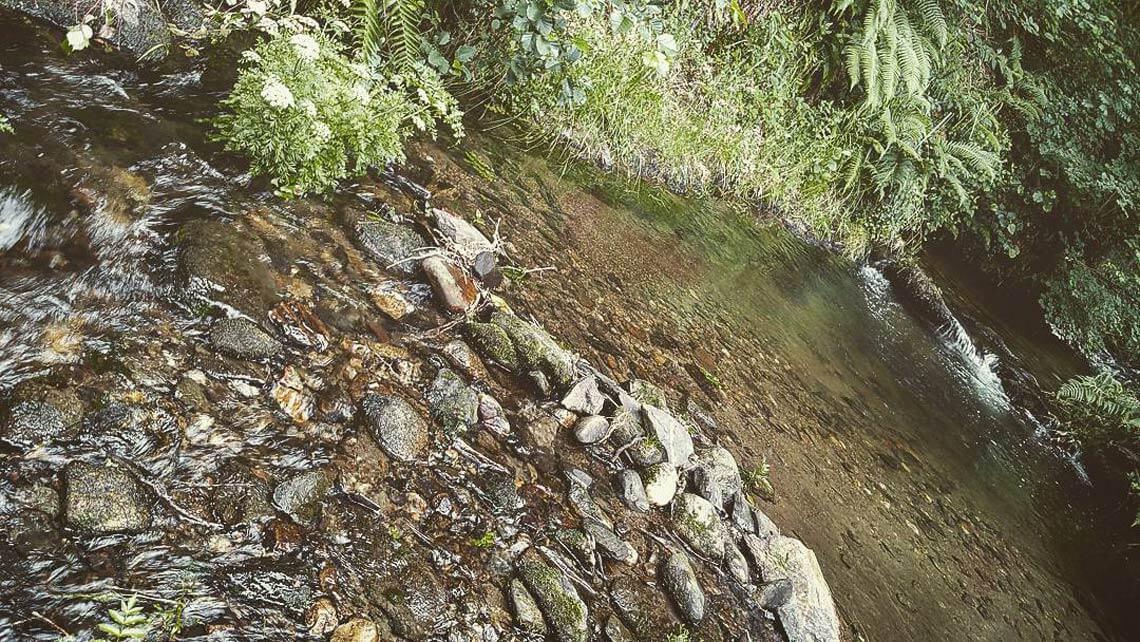 Piscinas naturales en el río Mandeo